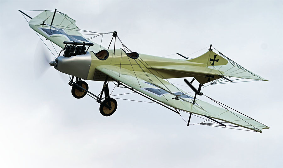 experience early aviation with fully functioning wing warping